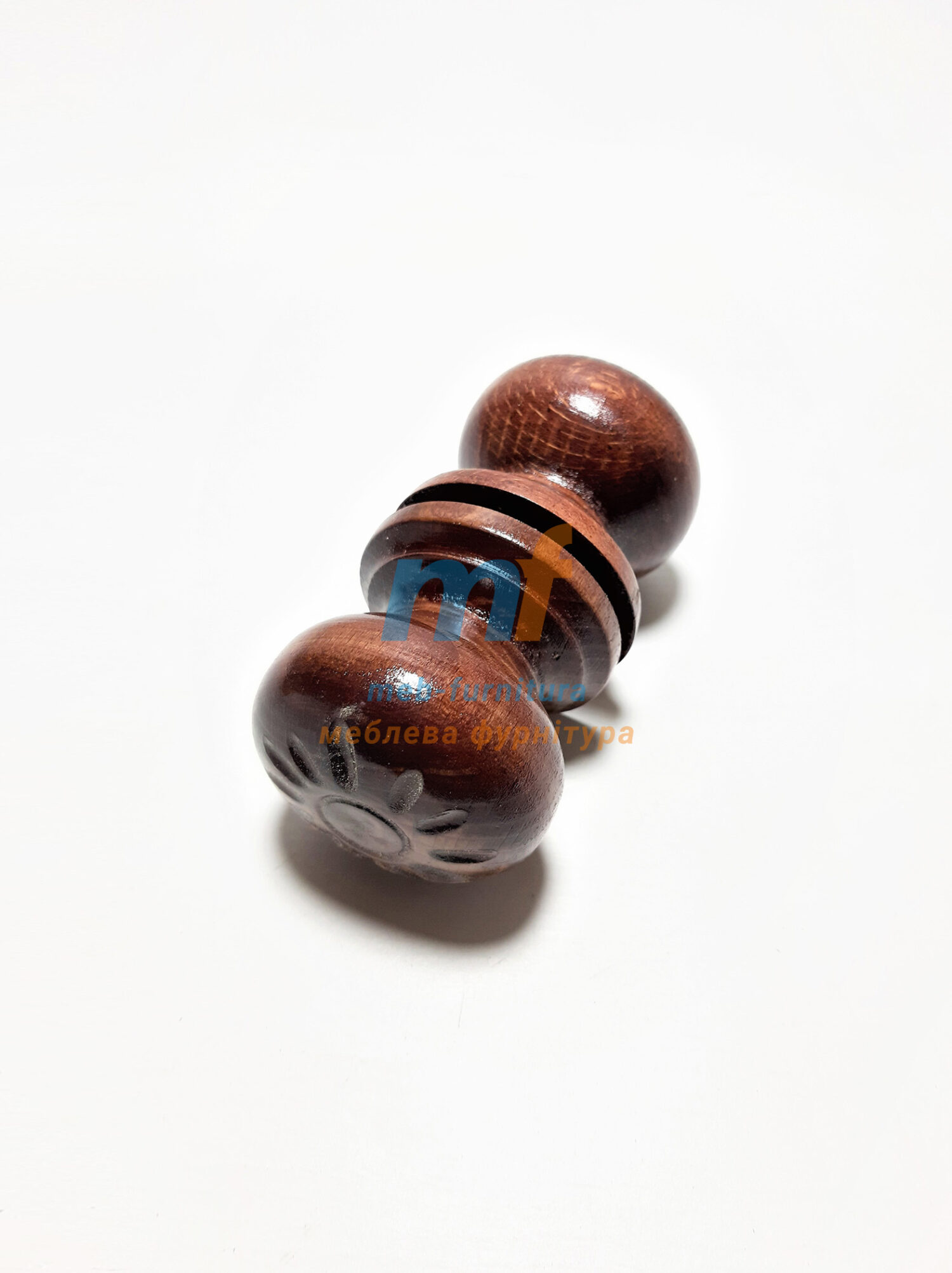 Ручка деревянная круглая темная