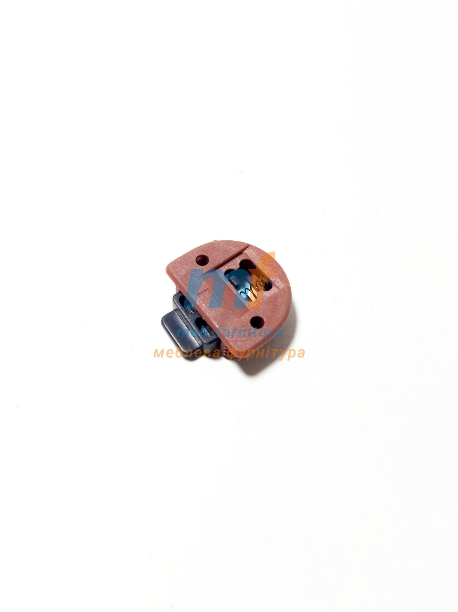 Верхний элемент на шкаф купе(пластик)