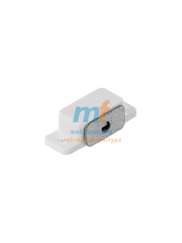 Магнит мебельный маленький белый (Украина)